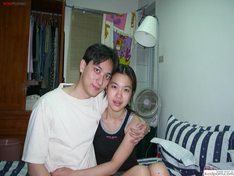 อดีตแฟนเก่าหน้าตัวเมีย ปล่อยคลิปลับ ตอนเอากับแฟนสาวในหอพักนักศึกษาอินเตอร์