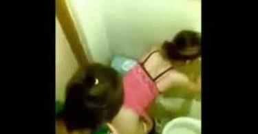 คลิปโป๊ แอบถ่ายเพื่อนเย็ดกับคลิปเย็ดสาวในห้องน้ำผับ
