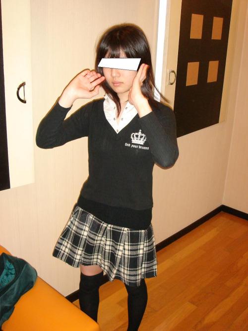 นักเรียนขายตัว หน้าตาสวยหุ่นเข้าที ลีลาเด้าเร้าใจ จัดให้ทุกท่า รูปสาวน่าเย็ด