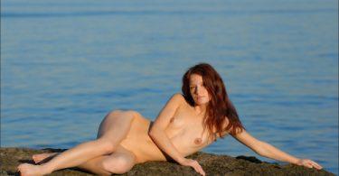 อีสาวน้อยสุกเซ็กกับสุดยอดลีลาการแบหีริมทะเลสวย น่่ารักน่าเย็ด ข่มขืน