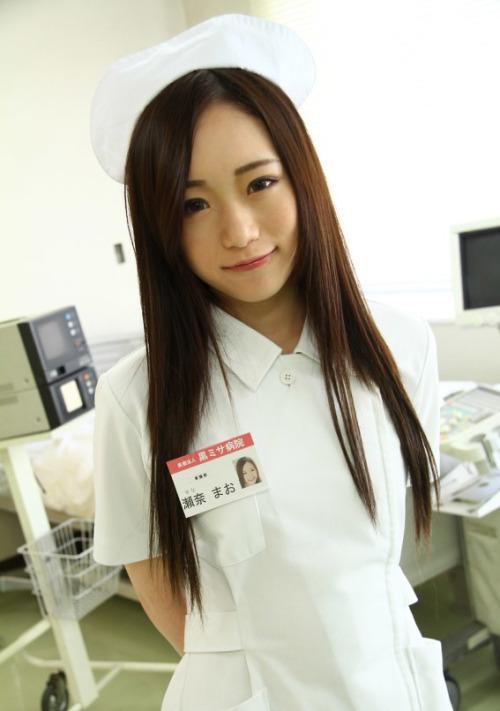 จัดหนึ่งเสียวพยาบาลสาวสวยตรวจไข้ โดนคนไข้ตรวจซะแตกใน รูปหนังเอ็กซ์