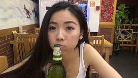 พาเย็ดสาวเอเชีย